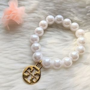 Tory Burch Jewelry - Tory Burch Large Logo Charm on Pearl Bracelet New